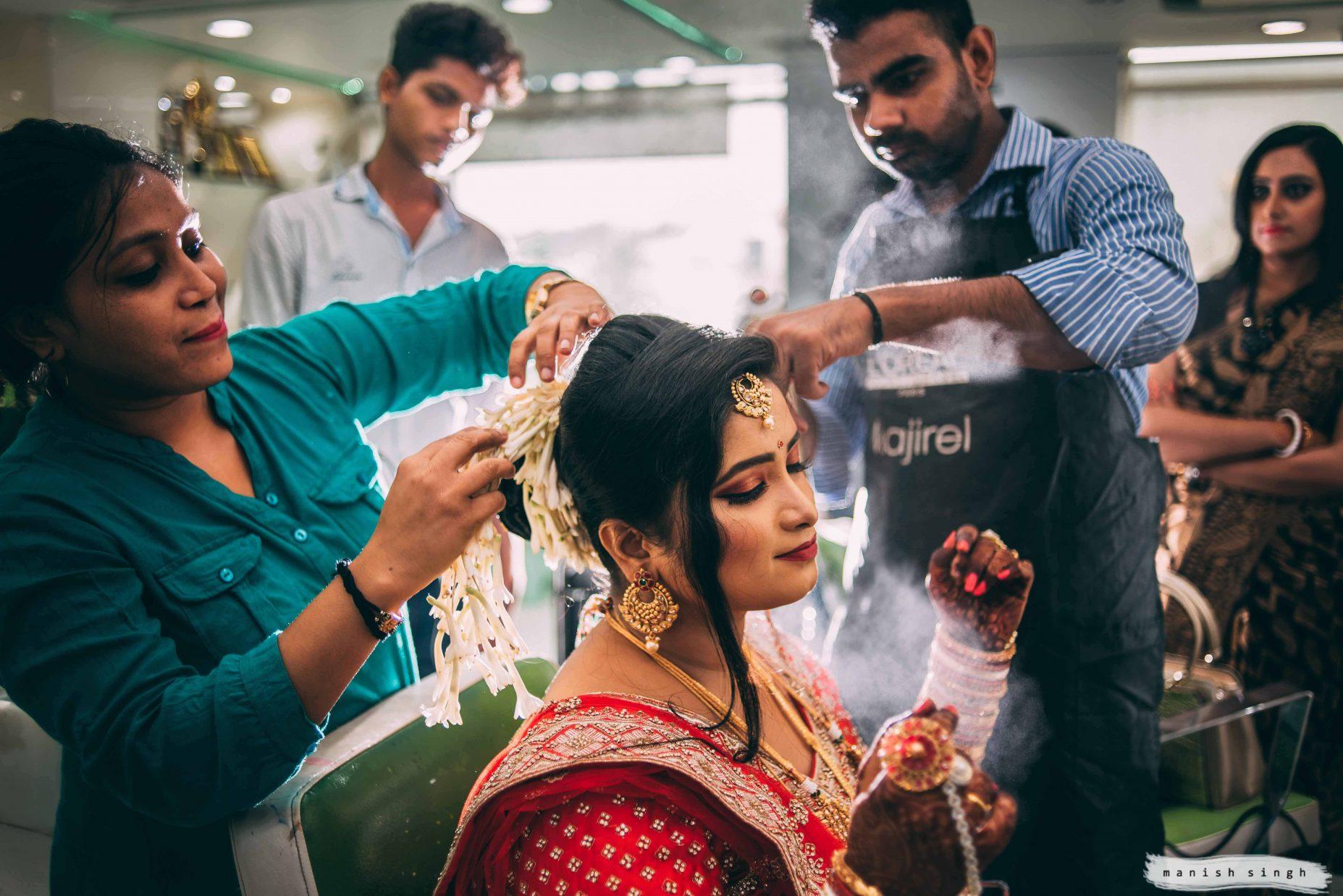 Manish Singh Photography Best wedding photography bhubaneswar bride getting ready