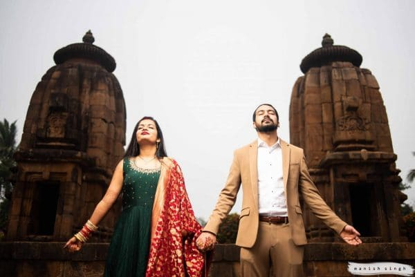 Pre-wedding photoshoot at mukteswar temple bhubaneswar
