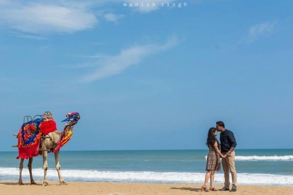 Manish Singh Photography Pre-wedding camel Puri beach