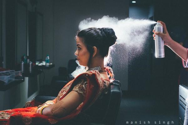 Manish Singh Photography bride getting ready bhubaneswar