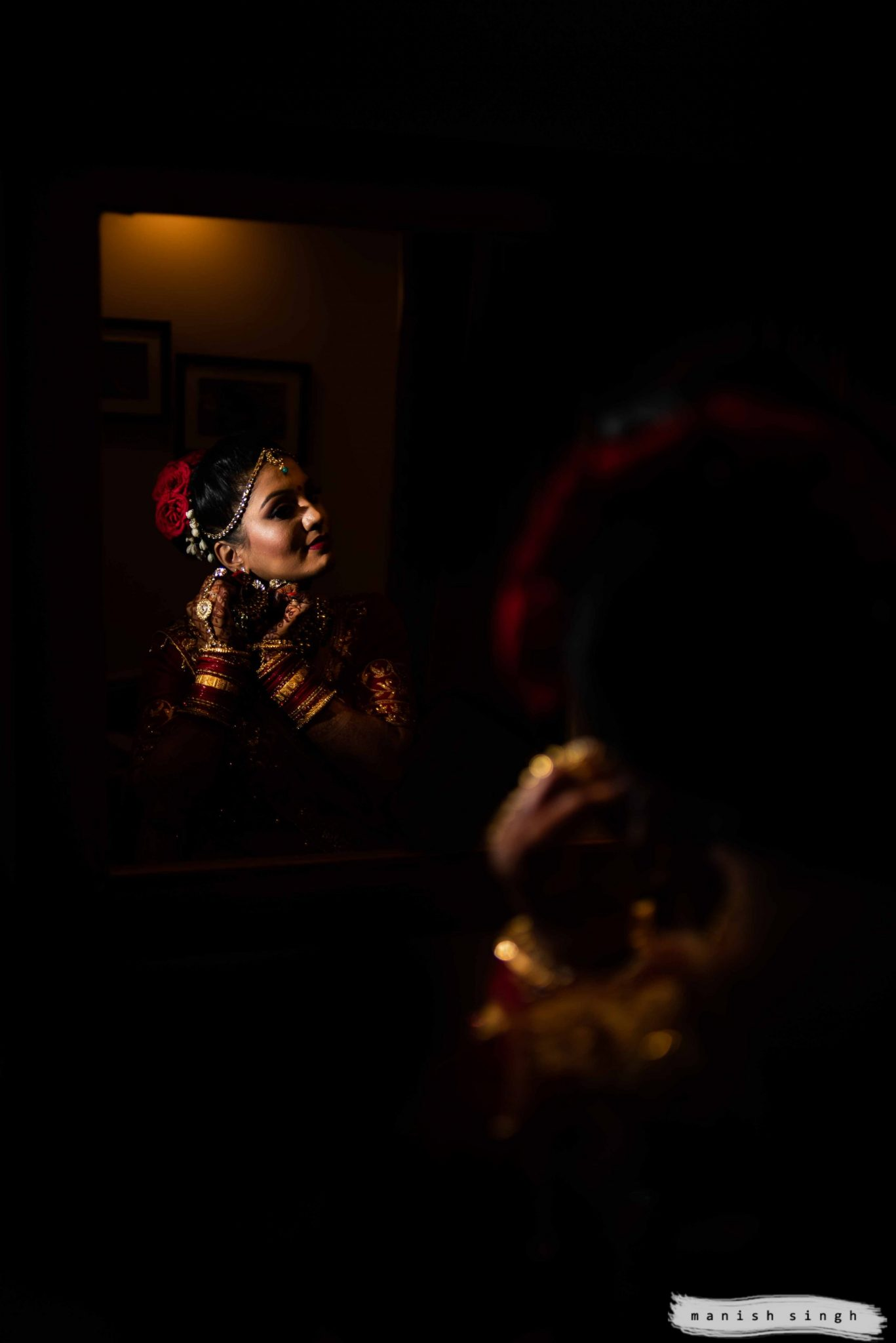 Bride getting ready photoshoot with magmod