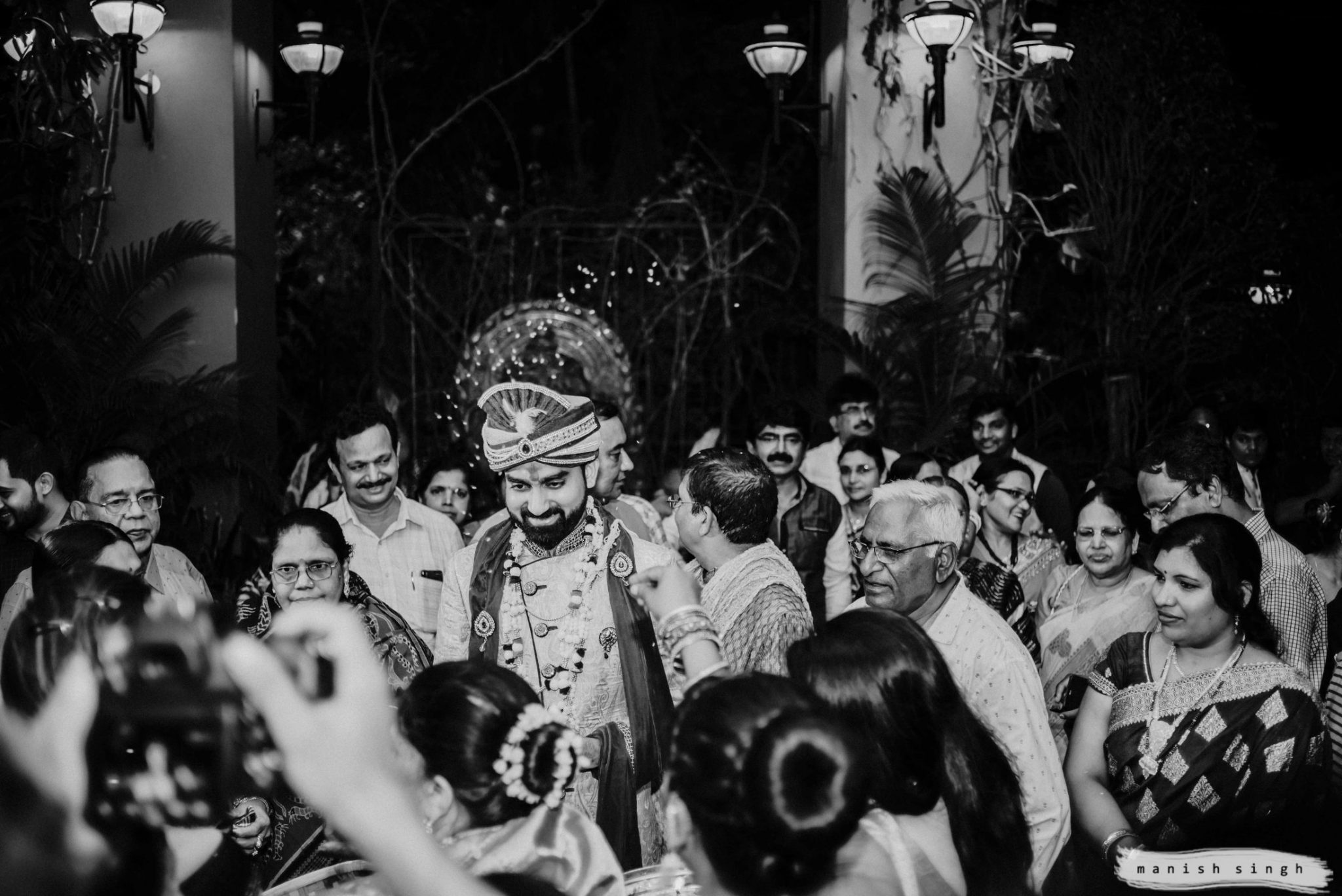 Groom welcome at la franklin bhubaneswar wedding