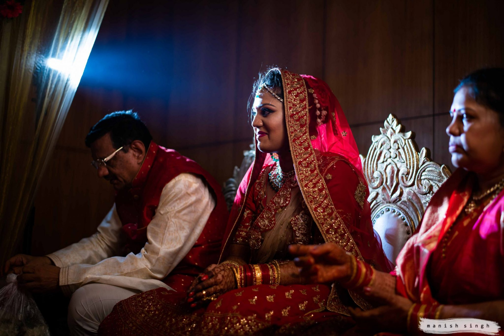 candid wedding moment during Odia wedding