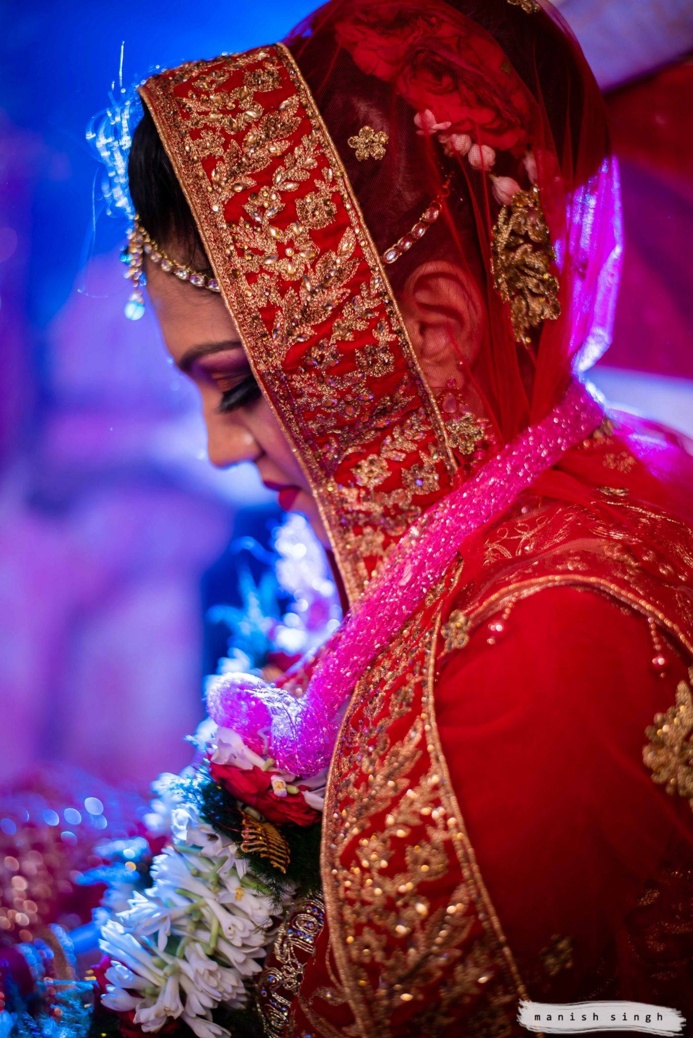emotional bride during Odia wedding Bhubaneswar