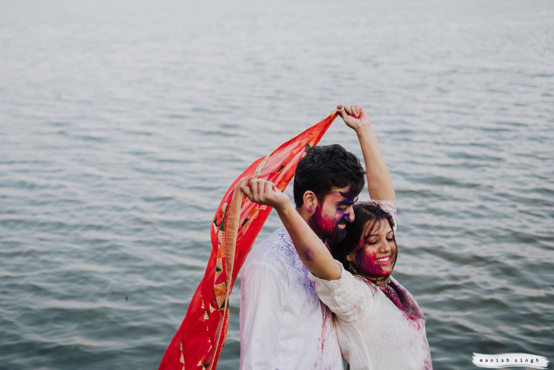 Pre wedding Photoshoot with holi colors Bangalore lake
